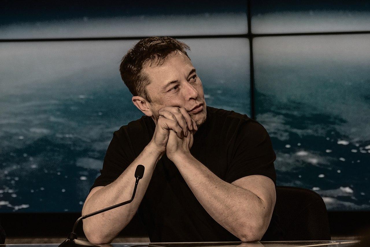 Elon Musk sempre più ricco: guadagno record di 2 miliardi